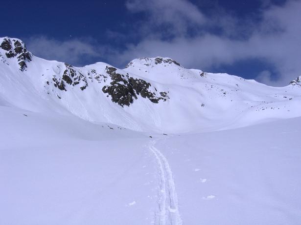 Foto: Andreas Koller / Ski Tour / Durch das stille Kaiserbergtal auf die Platzerspitze (3098m) / Annäherung zur Platzerspitze / 06.04.2007 19:41:06