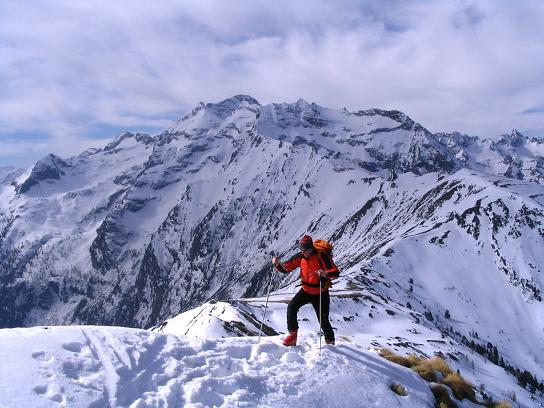 Foto: Andreas Koller / Skitour / Pleschnitzzinken mit Variationen (2112 m) / Schmaler Verbindungsgrat / 09.04.2007 22:45:07