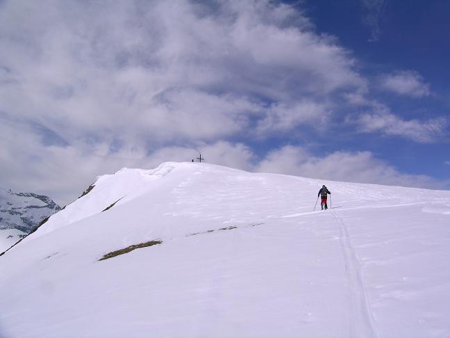 Foto: Andreas Koller / Ski Tour / Pleschnitzzinken mit Variationen (2112 m) / Im oberen Teil der Gipfelflanke / 09.04.2007 22:47:32