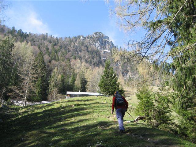 Foto: Alpinfreunde / Wander Tour / Von Weißenbach bei Strobl auf den Großen Sparber / 13.04.2007 19:54:37