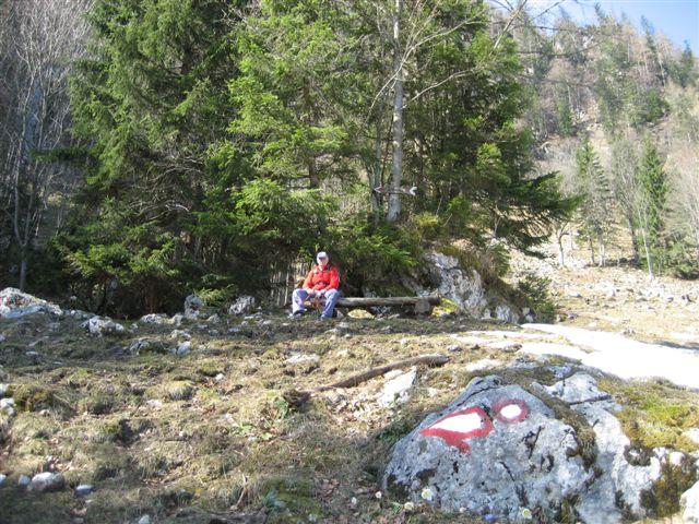 Foto: Alpinfreunde / Wander Tour / Von Weißenbach bei Strobl auf den Großen Sparber / 13.04.2007 19:54:57