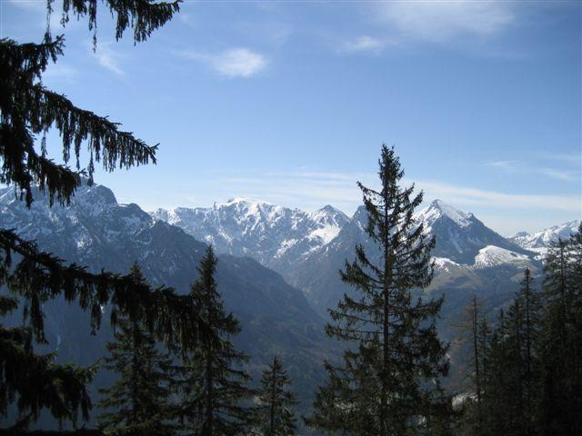 Foto: Alpinfreunde / Wander Tour / Von Weißenbach bei Strobl auf den Großen Sparber / 13.04.2007 19:55:27