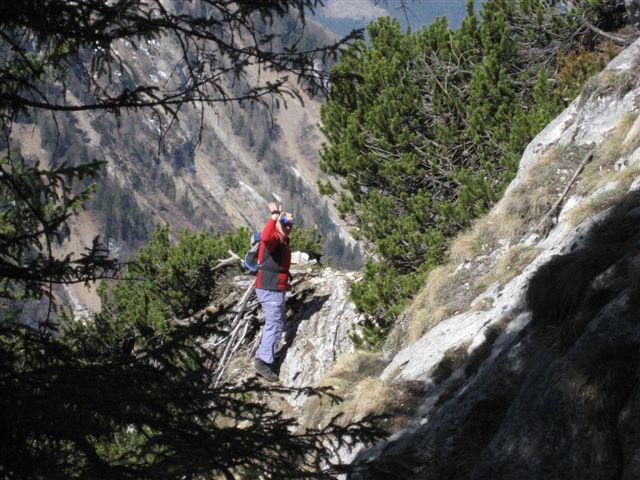 Foto: Alpinfreunde / Wander Tour / Von Weißenbach bei Strobl auf den Großen Sparber / 13.04.2007 19:56:26