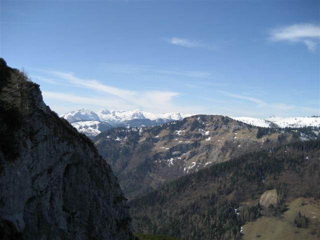 Foto: Alpinfreunde / Wander Tour / Von Weißenbach bei Strobl auf den Großen Sparber / 13.04.2007 19:56:45
