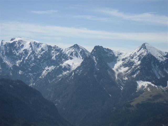 Foto: Alpinfreunde / Wander Tour / Von Weißenbach bei Strobl auf den Großen Sparber / 13.04.2007 19:57:01