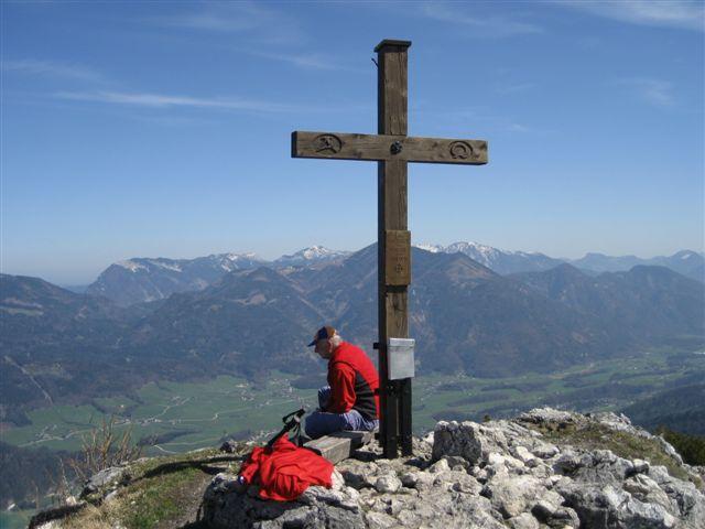 Foto: Alpinfreunde / Wander Tour / Von Weißenbach bei Strobl auf den Großen Sparber / 13.04.2007 19:57:17
