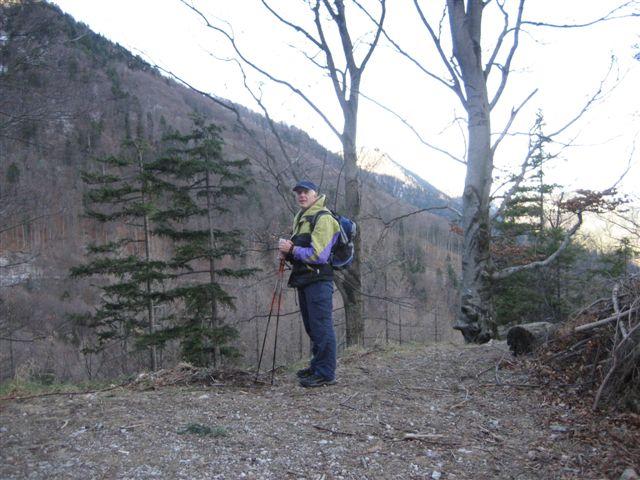 Foto: Jogal / Wander Tour / Von Steinbach am Ziehberg auf den Mittagstein / 19.04.2007 07:08:26