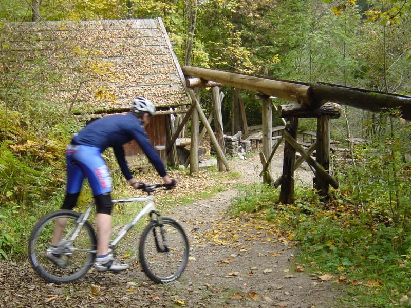 Foto: Corinna Mößlacher / Mountainbike Tour / Rauna-Alte Mühle - Weissensee / Alte Mühle / 03.05.2007 15:45:39