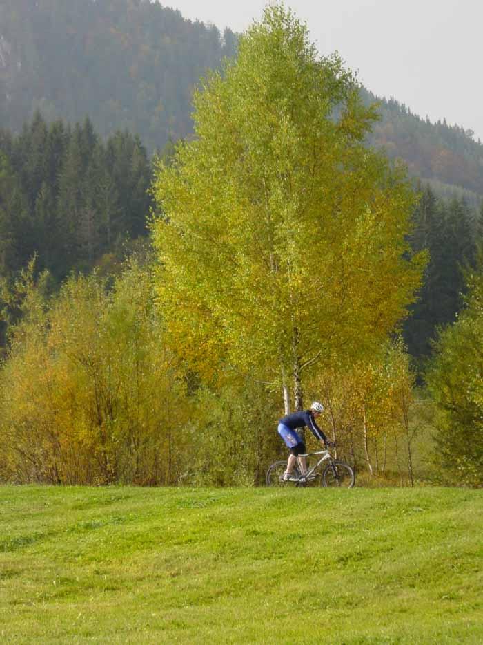 Foto: Corinna Mößlacher / Mountainbiketour / Rund um die Gatschacher Weide - Weissensee / Gatschacher Weide / 04.05.2007 10:00:30