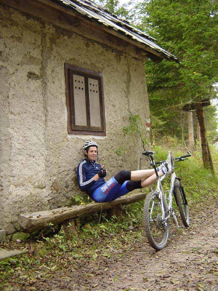 Foto: Corinna Mößlacher / Mountainbiketour / Rund um die Gatschacher Weide - Weissensee / Ausrasten bei Rothns Mühle / 04.05.2007 10:06:04