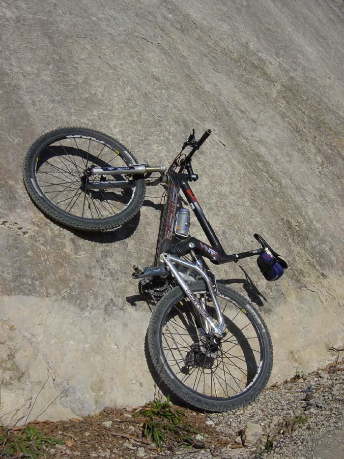 Foto: Corinna Mößlacher / Mountainbike Tour / Durch die Sonnseit´n - Weissensee / 03.05.2007 16:33:36