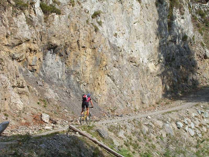 Foto: Corinna Mößlacher / Mountainbike Tour / Durch die Sonnseit´n - Weissensee / 10.05.2007 10:22:19
