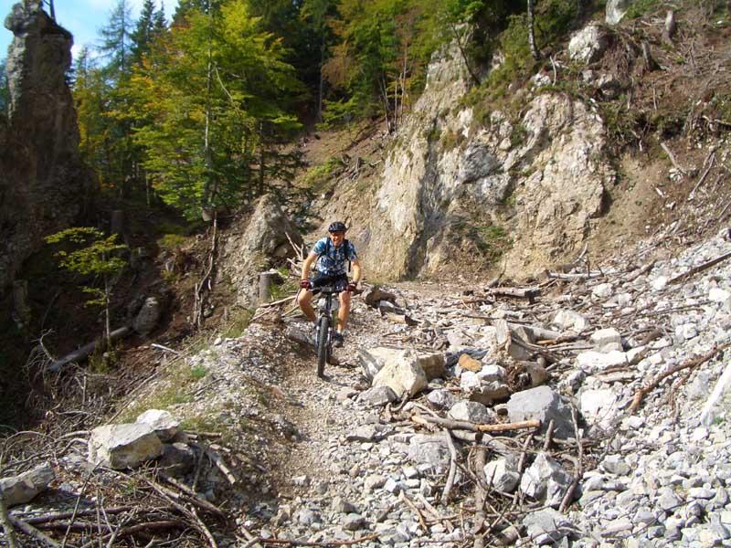 Foto: Corinna Mößlacher / Mountainbike Tour / Durch die Sonnseit´n - Weissensee / 10.05.2007 10:22:01