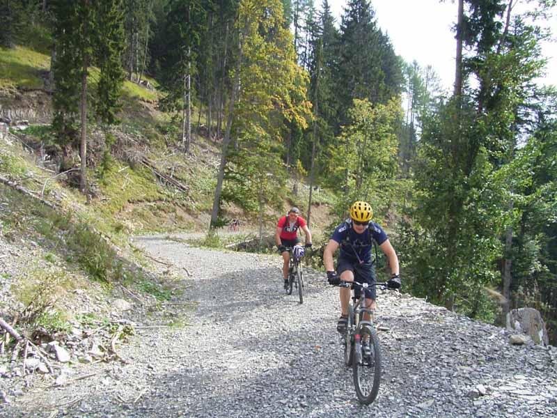 Foto: Corinna Mößlacher / Mountainbike Tour / Durch die Sonnseit´n - Weissensee / 10.05.2007 11:07:43