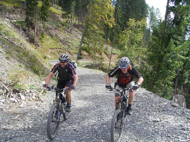 Foto: Corinna Mößlacher / Mountainbike Tour / Durch die Sonnseit´n - Weissensee / 10.05.2007 11:07:58