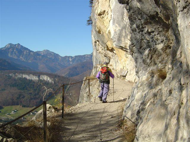 Foto: Alpinfreunde / Wander Tour / Von der Radluckn Hütte über die Ewige Wand auf den Predigstuhl / 19.04.2007 20:02:33