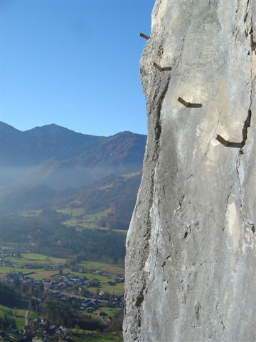 Foto: Alpinfreunde / Wander Tour / Von der Radluckn Hütte über die Ewige Wand auf den Predigstuhl / 19.04.2007 20:02:57