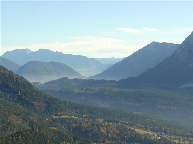 Foto: Alpinfreunde / Wander Tour / Von der Radluckn Hütte über die Ewige Wand auf den Predigstuhl / 19.04.2007 20:04:05