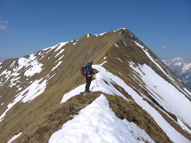 Foto: Andreas Koller / Wander Tour / Zeiritzkampel aus der Kurzen Teichen (2126 m) / Am O-Grat dem Gipfel entgegen / 22.04.2007 14:30:41