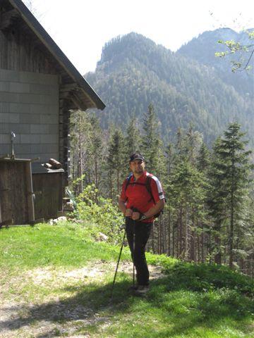 Foto: Jogal / Wander Tour / Von Scharnstein auf den Hochsalm / 22.04.2007 19:53:29
