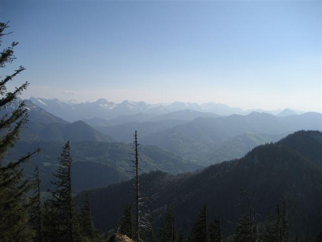 Foto: Jogal / Wander Tour / Von Scharnstein auf den Hochsalm / 22.04.2007 19:56:06