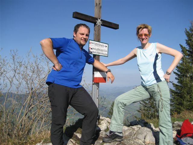 Foto: Jogal / Wander Tour / Von Scharnstein auf den Hochsalm / 22.04.2007 19:56:28