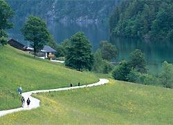 Foto: Tirol Werbung / Wander Tour / Adlerweg Etappe 2 - Unterwegs im