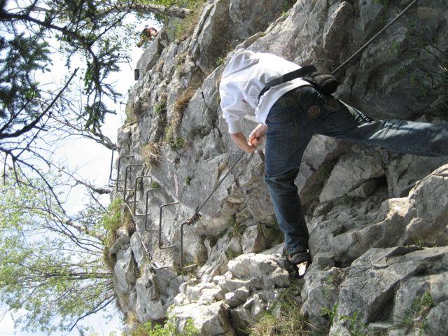 Foto: Alpinfreunde / Wandertour / Über den Naturfreundesteig auf den Traunstein / 29.04.2007 19:52:48
