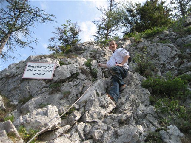 Foto: Alpinfreunde / Wandertour / Über den Naturfreundesteig auf den Traunstein / 29.04.2007 19:53:04