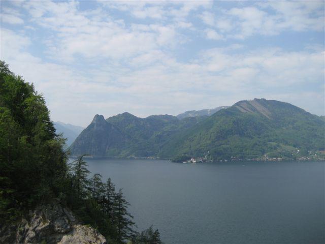 Foto: Alpinfreunde / Wandertour / Über den Naturfreundesteig auf den Traunstein / 29.04.2007 19:53:22