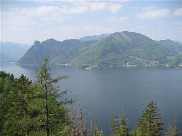 Foto: Alpinfreunde / Wandertour / Über den Naturfreundesteig auf den Traunstein / 29.04.2007 19:54:36