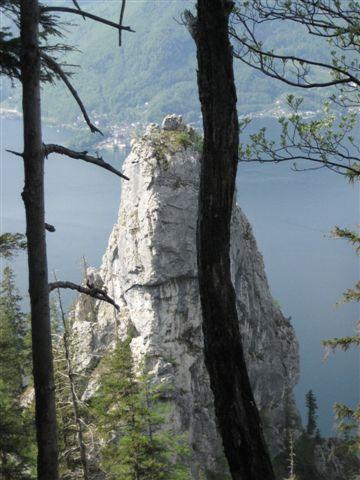 Foto: Alpinfreunde / Wandertour / Über den Naturfreundesteig auf den Traunstein / 29.04.2007 19:55:08