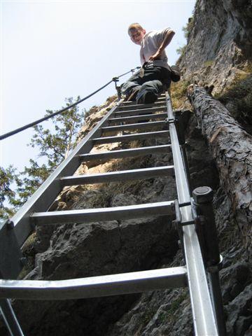 Foto: Alpinfreunde / Wandertour / Über den Naturfreundesteig auf den Traunstein / 29.04.2007 19:57:47
