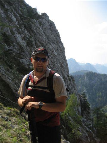 Foto: Alpinfreunde / Wandertour / Über den Naturfreundesteig auf den Traunstein / 29.04.2007 19:58:33