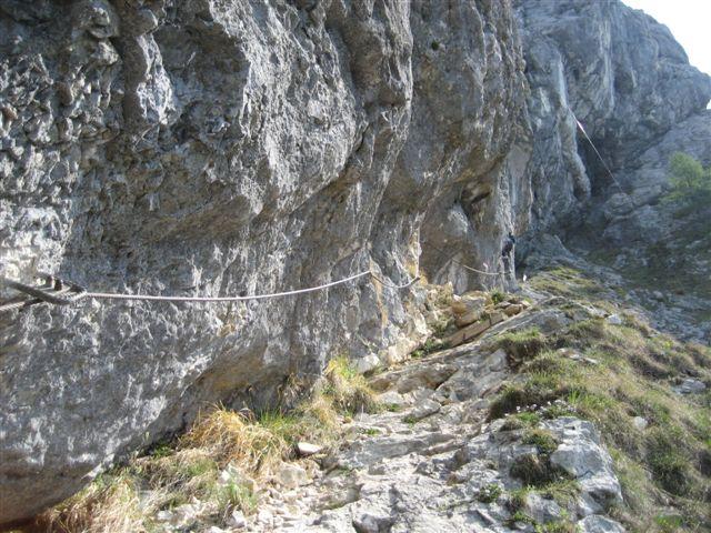 Foto: Alpinfreunde / Wandertour / Über den Naturfreundesteig auf den Traunstein / 29.04.2007 19:58:41