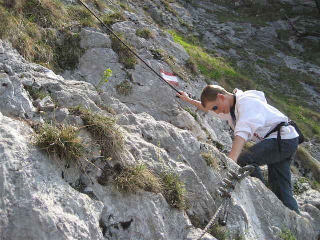 Foto: Alpinfreunde / Wandertour / Über den Naturfreundesteig auf den Traunstein / 29.04.2007 19:59:08