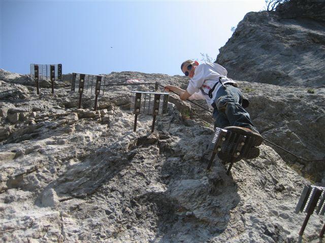 Foto: Alpinfreunde / Wandertour / Über den Naturfreundesteig auf den Traunstein / 29.04.2007 19:59:16