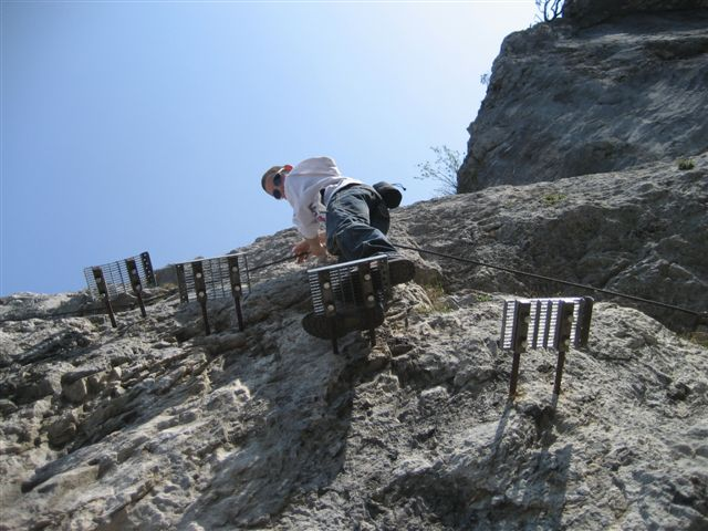 Foto: Alpinfreunde / Wandertour / Über den Naturfreundesteig auf den Traunstein / 29.04.2007 19:59:29