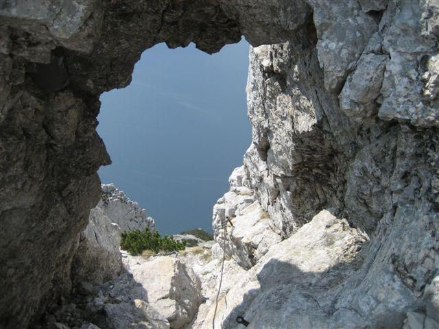 Foto: Alpinfreunde / Wandertour / Über den Naturfreundesteig auf den Traunstein / 29.04.2007 20:03:01