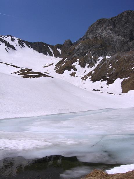 Foto: Andreas Koller / Wander Tour / Auf die Felskarspitze (2506m) / Der Mühlbachsee / 30.04.2007 20:46:16