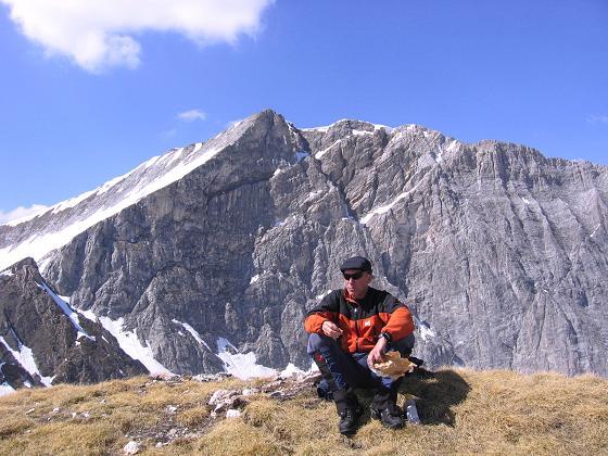 Foto: Andreas Koller / Wander Tour / Auf die Felskarspitze (2506m) / Gipfelrast vor dem Weißeck / 30.04.2007 20:44:35