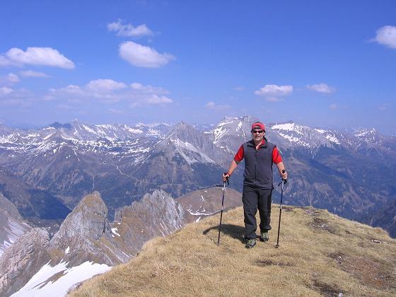 Foto: Andreas Koller / Wander Tour / Auf die Felskarspitze (2506m) / Die letzten Meter am N-Grat / 30.04.2007 20:44:16