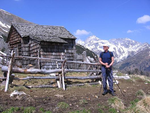 Foto: Andreas Koller / Wander Tour / Auf die Felskarspitze (2506m) / Mosermandl (2680 m)  von der Jagdhütte / 30.04.2007 20:48:47