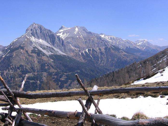 Foto: Andreas Koller / Wander Tour / Auf die Felskarspitze (2506m) / Guglspitzen (2638 m) und Hochfeind (2687 m) / 30.04.2007 20:47:59