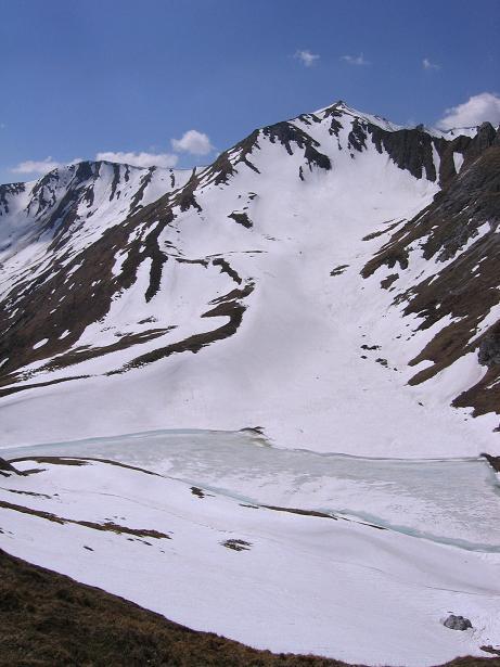 Foto: Andreas Koller / Wander Tour / Auf die Felskarspitze (2506m) / Mühlbachsee und Felskarspitze / 30.04.2007 20:46:54