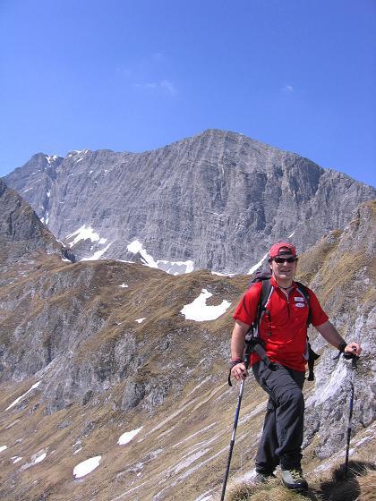 Foto: Andreas Koller / Wander Tour / Auf die Felskarspitze (2506m) / Vor dem Weißeck / 30.04.2007 20:46:33