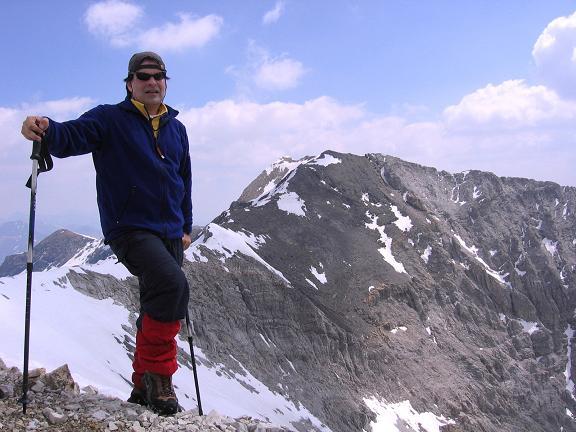 Foto: Andreas Koller / Wandertour / Große Guglspitze - stille Tour im Hochfeindkamm (2638 m) / Am Gipfel gegen Hochfeind (2687 m) / 30.04.2007 21:32:33