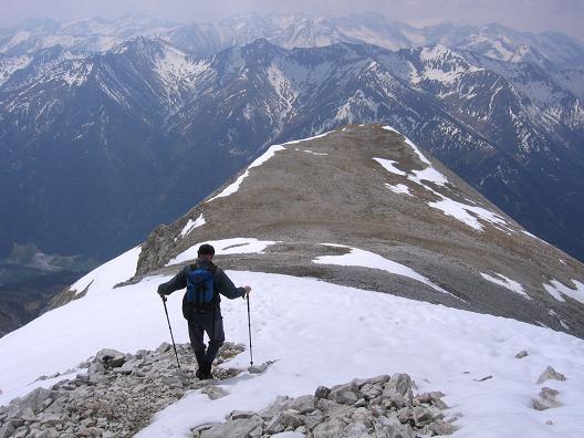 Foto: Andreas Koller / Wandertour / Große Guglspitze - stille Tour im Hochfeindkamm (2638 m) / Übergang zur Kleinen Gugl / 30.04.2007 21:35:33