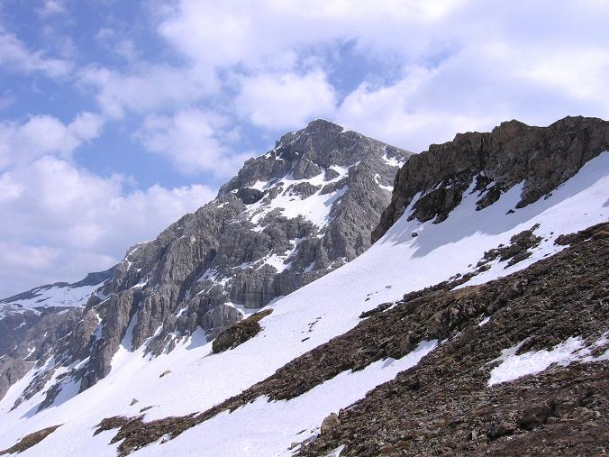 Foto: Andreas Koller / Wandertour / Große Guglspitze - stille Tour im Hochfeindkamm (2638 m) / Letzter Blick auf die Große Guglspitze / 30.04.2007 21:38:26
