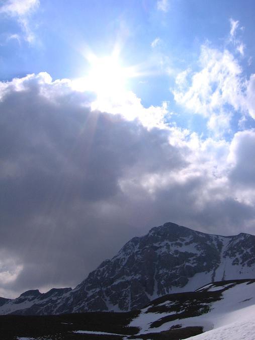Foto: Andreas Koller / Wandertour / Große Guglspitze - stille Tour im Hochfeindkamm (2638 m) / Die Guglspitze / 30.04.2007 21:26:22